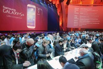 Galaxy S4'e 5 yeni renk seçeneği geldi