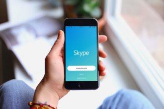 iPhone kullananlara bedava Skype